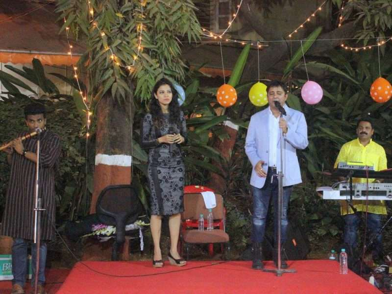 Sukhvinder Singh & Madhvi Shrivastav graced the occasion by their melodious voice