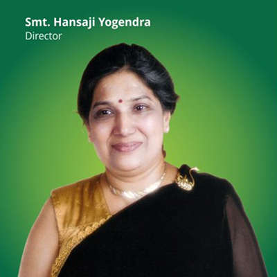 smt hansaji director of the yoga institute mumbai