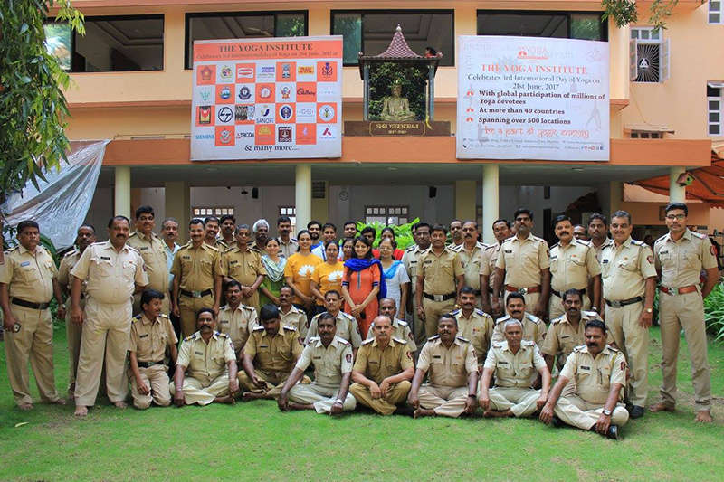 CELEBRATING 3RD INTERNATIONAL DAY OF YOGA WITH MUMBAI POLICE